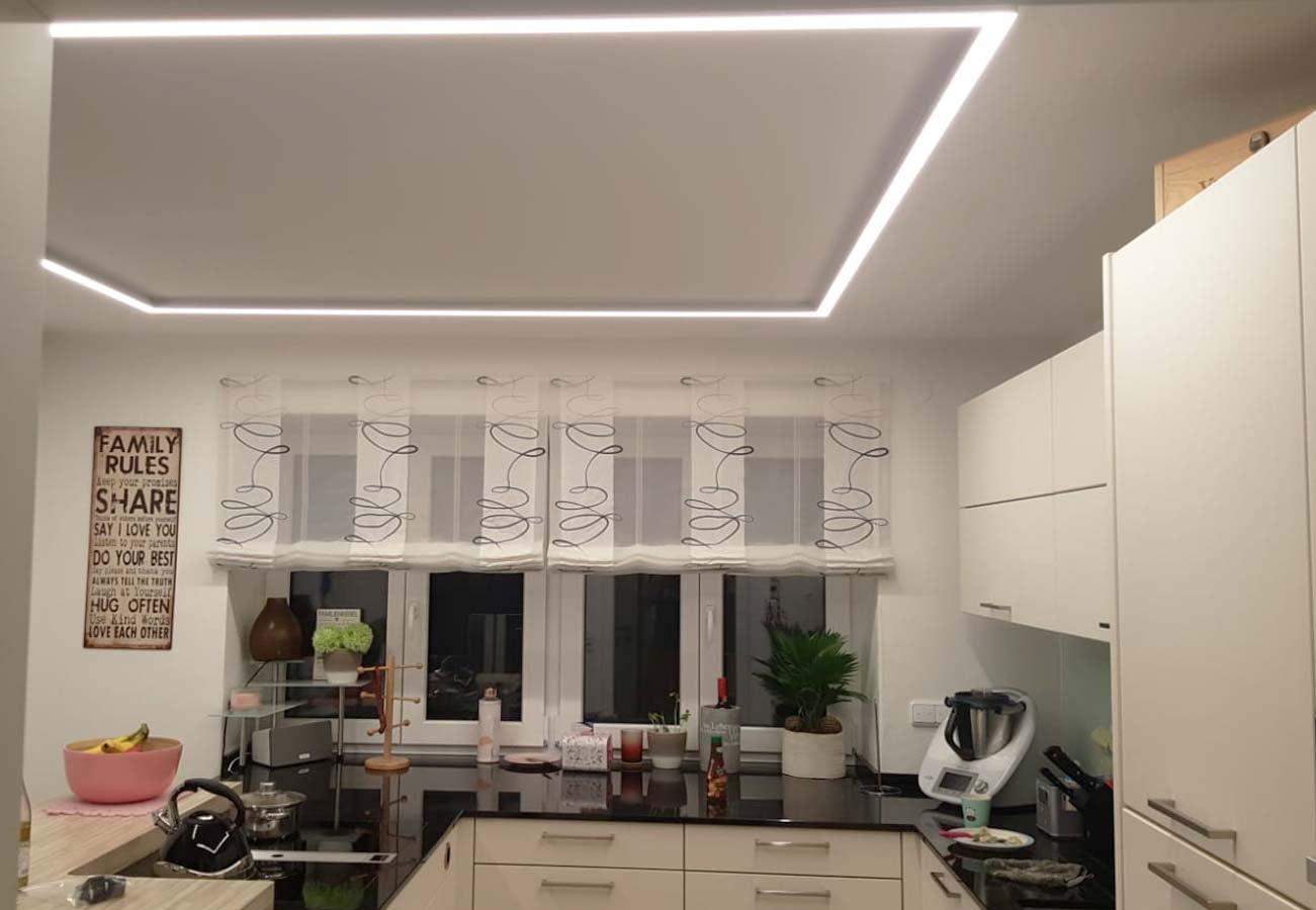 Rechteckprofil Küche weiß