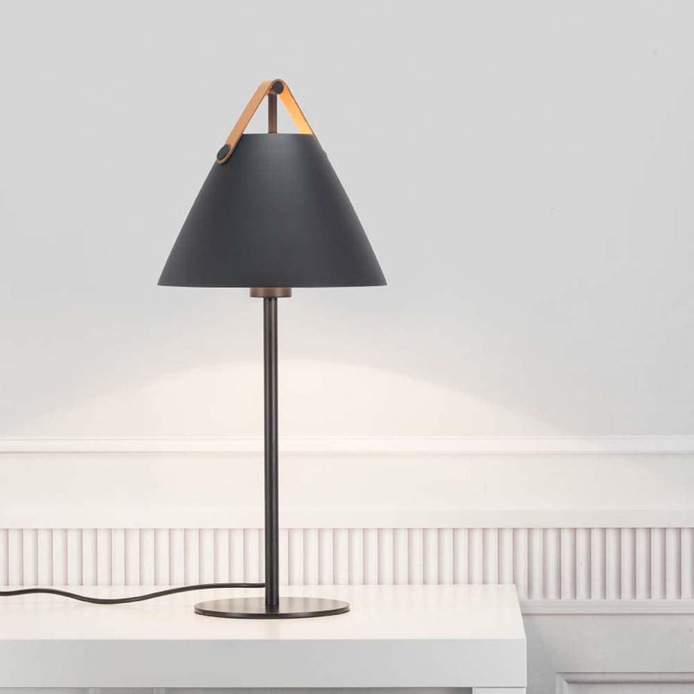 Design for the People Tischlampe Strap Schwarz 1
