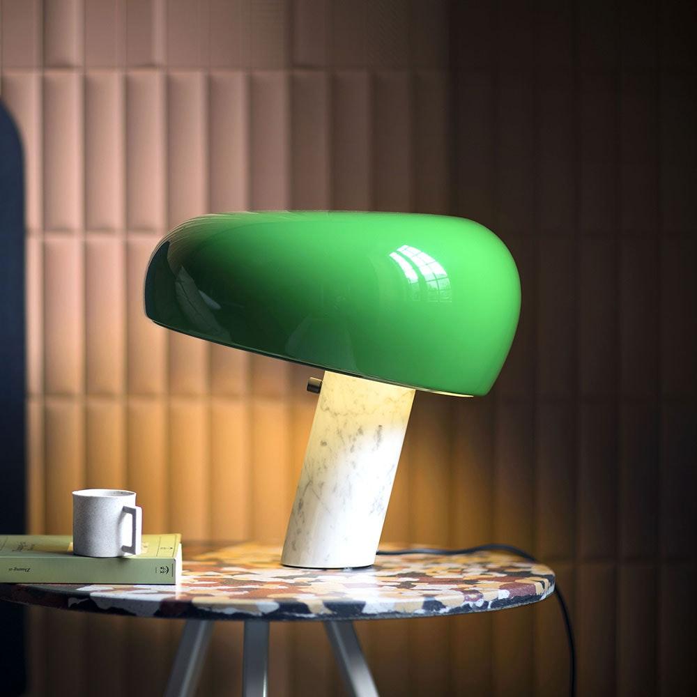 FLOS Snoopy Marmor Tischleuchte mit Schirm 4