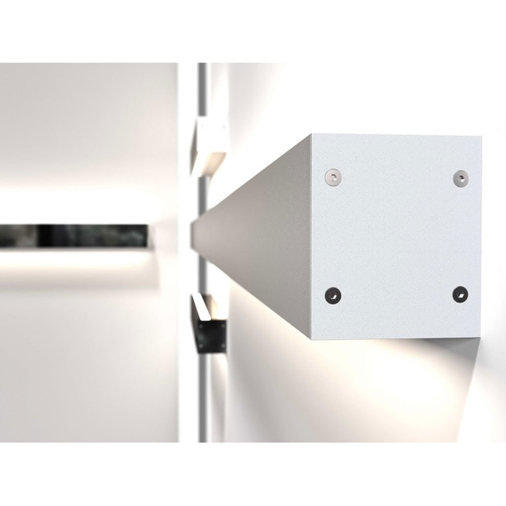 Design for the People IP S16 LED Wandleuchte 500 + 700lm Weiß 11