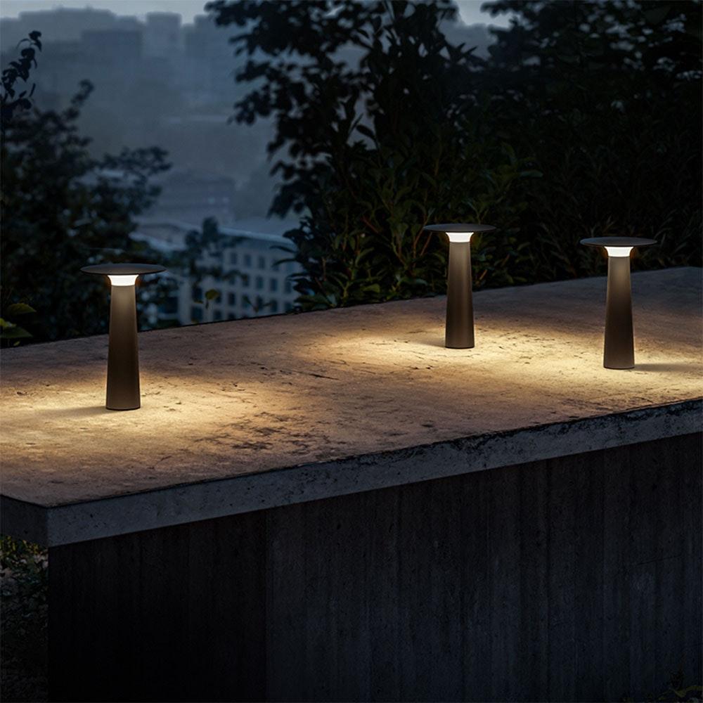 IP44.de LED Akku-Tischlampe Lix IP44