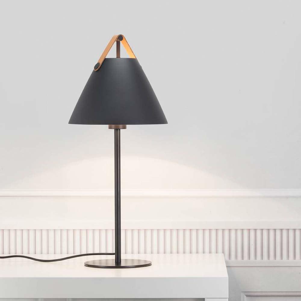 Design for the People Tischlampe Strap Schwarz