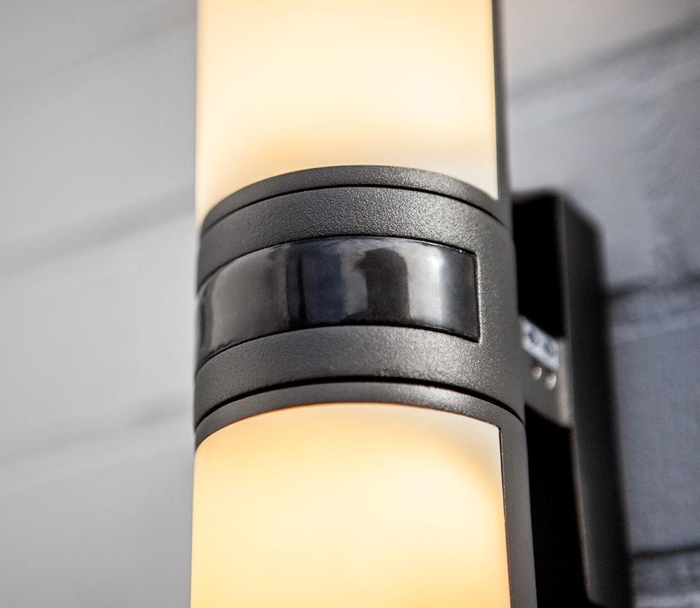 LED Außenwandleuchte Cyra mit Sensor IP44 Anthrazit 3
