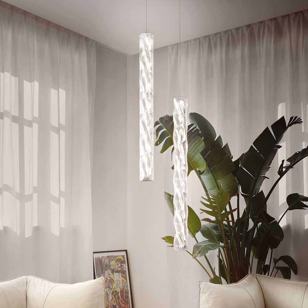 Slamp Hugo LED-Pendelleuchte vertikal aus Lentiflex-Kunststoff