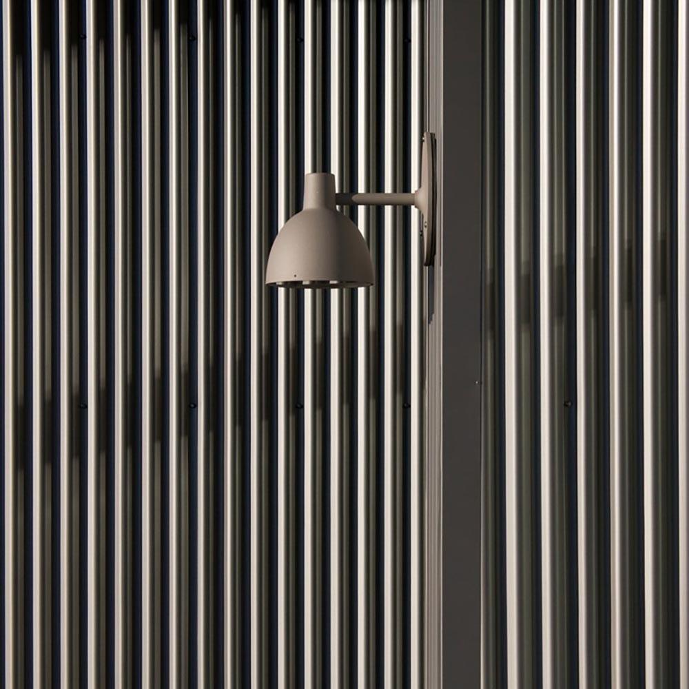 Louis Poulsen Außenwandlampe Toldbod 220/290 IP43 thumbnail 3