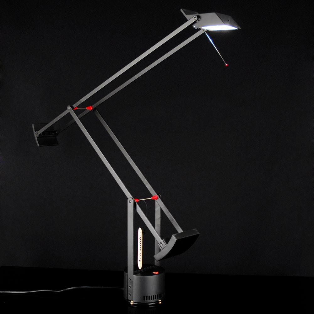 Artemide Tizio Micro Schreibtischlampe Schwarz 2