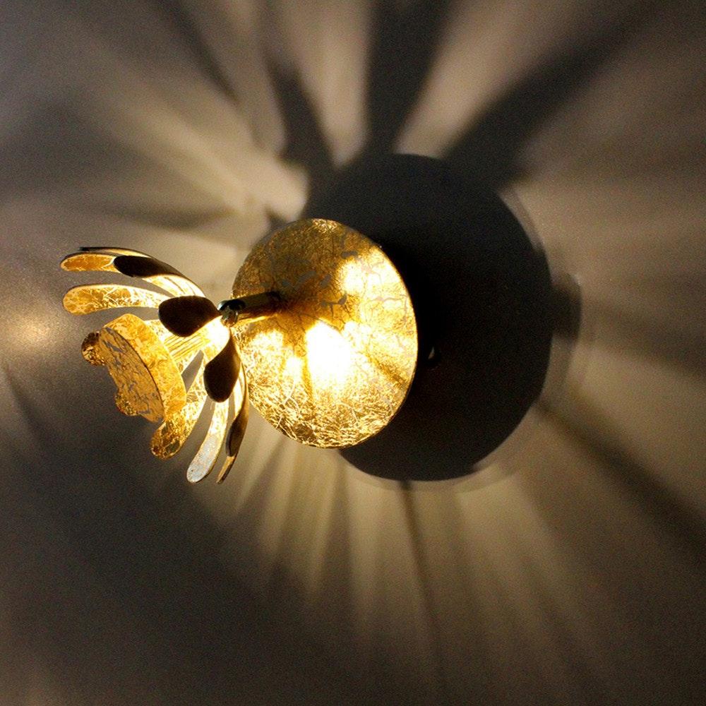 LED Wandleuchte Bloom Goldfarben