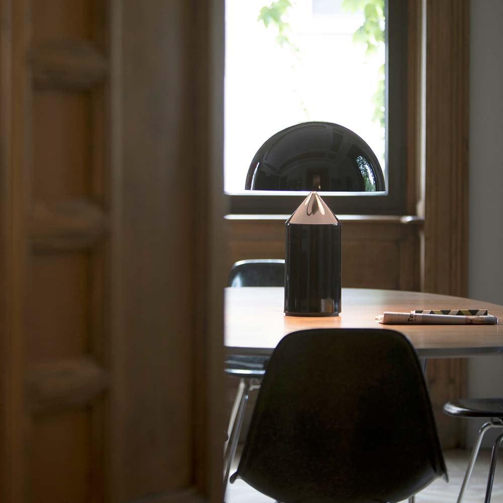 Oluce moderne Tischleuchte Atollo 35 Schwarz 1