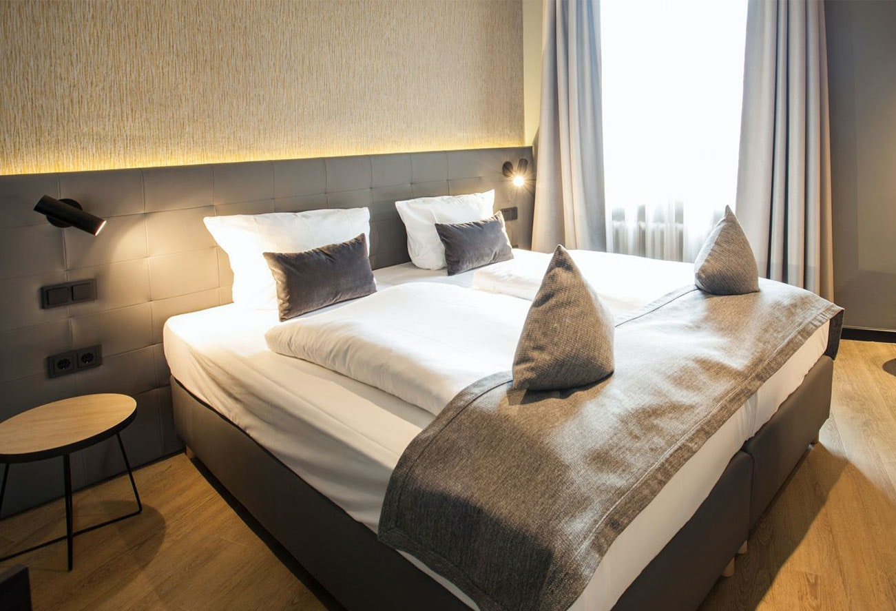 Wandeuchten Hotelzimmer