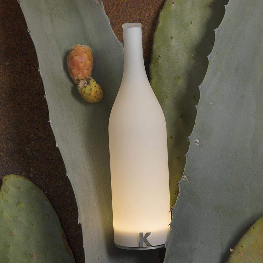 Karman Bacco LED-Tischleuchte in Flaschenform mit Akku 2