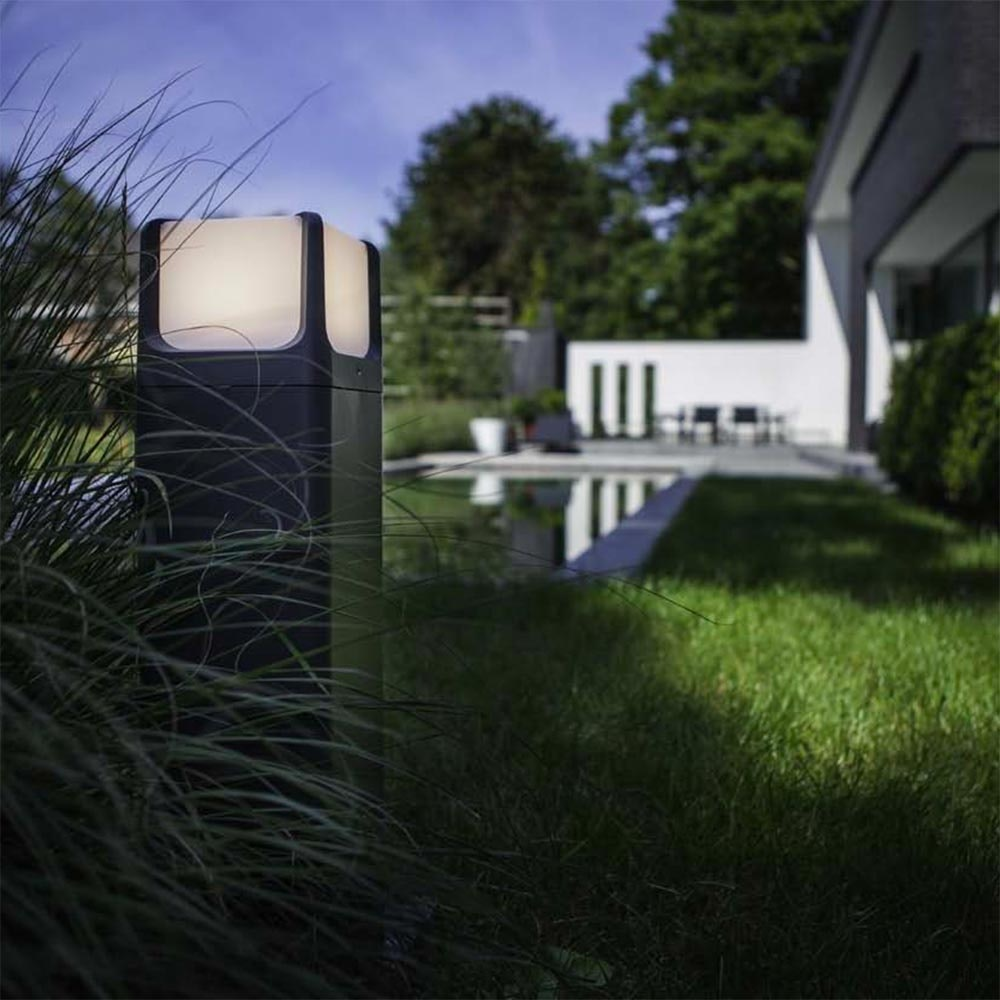 Lutec LED Aussen-Stehlampe Armor IP54 560lm Anthrazit