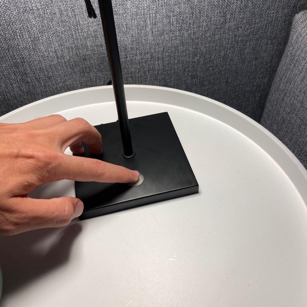 s.LUCE Book Buchständer Tischleuchte mit Touchdimmer & Sensor 11